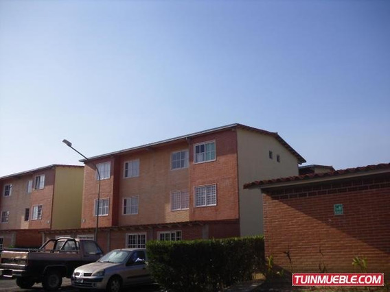 Gina Briceño Vende Apartamento En Alto Grande - 19-8513