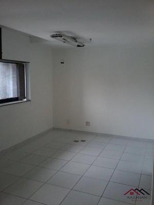Conjunto Comercial Ibirapuera - 852