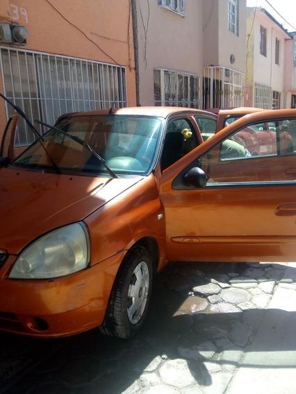 Nissan Platina 1.6 A At 2004
