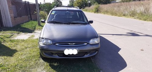 Ford Escort 1999 1.8 Clx