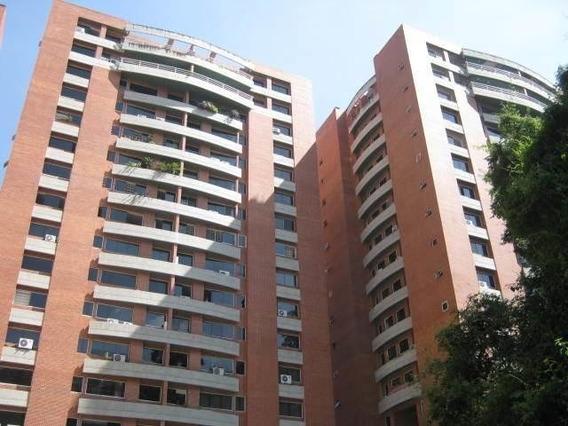 Apartamento En Alquiler - Clnas. Los Chaguaramos - 20-5753