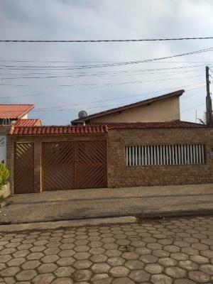Excelente Casa No Belas Artes - 3 Dormitórios - Em Itanhaém