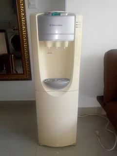 Dispensador De Agua Con Nevera Electrolux
