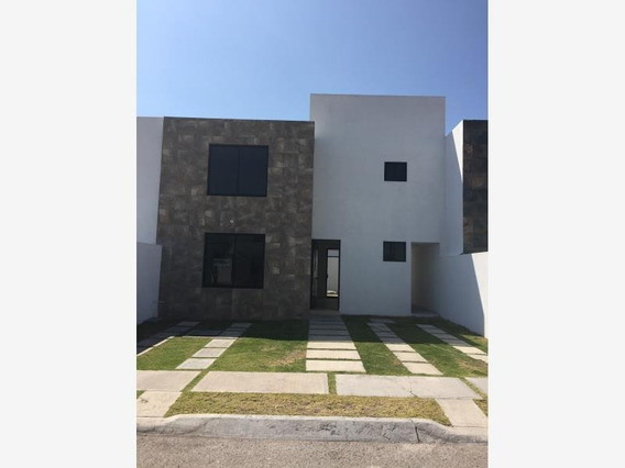Casa Sola En Venta Fraccionamiento Santa Fe Tlacote