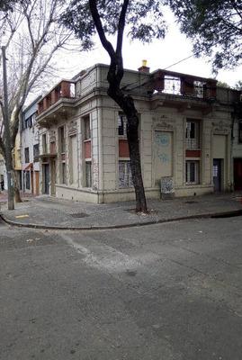 Casa Esquina, En 2 Plantas. Ideal Empresa! Ocupa Ya!!!