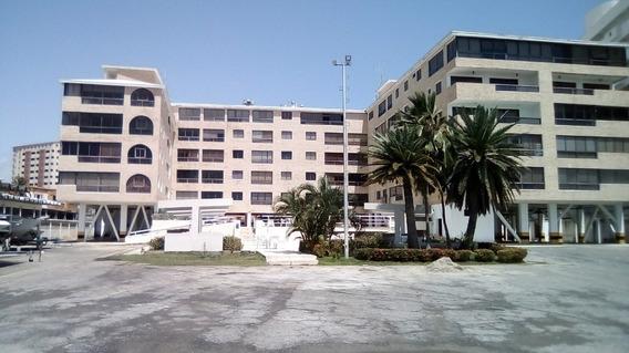 Sky Grouo Vende Apartamento En Tucacas, Miramar