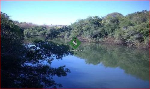 Venta De Campo En Lavalleja, Zona Del Penitente 528 Hectareas, Con Arroyo.- Ref: 168269
