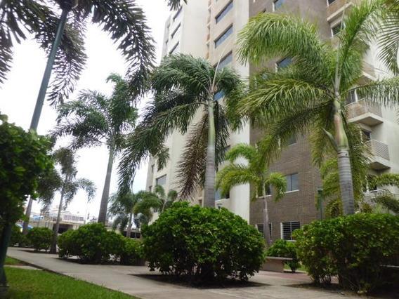 Apartamentos En Venta Oeste Barquisimeto 20-3118 Rg