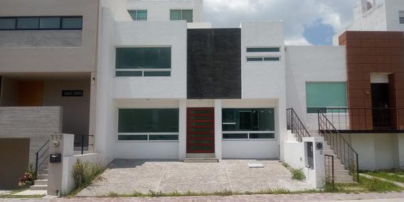 Preciosa Casa Nueva En Venta