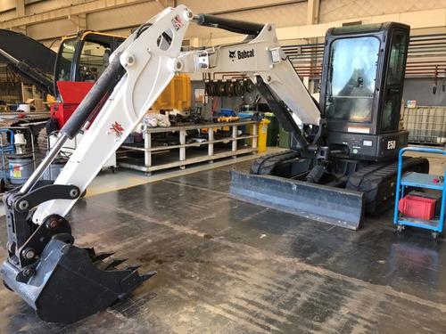 Imagen 1 de 3 de Excavadora Bobcat E50 2017 Cabina Cerrada