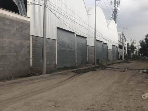 Bodega En Renta 3000 M2 Divisibles Con Oficinas Y Andenes