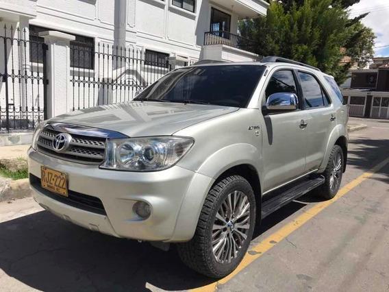 Toyota Fortuner Sr5 4x4