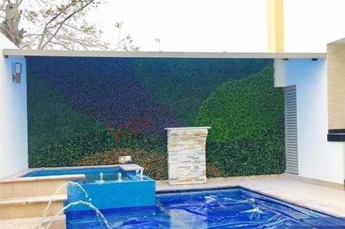 Casa En Venta, Con Habitación En Planta Baja, Residencial Las Trojes, Torreón, Coahuila