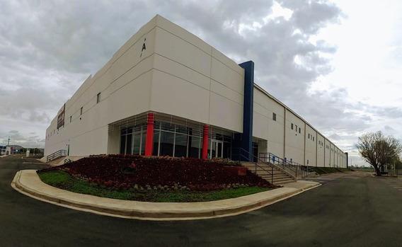 Nave Industrial En Parque Aerotech