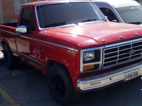 Ford F-150 Año 80 Color Rojo Ferrari Original Unica Dueña