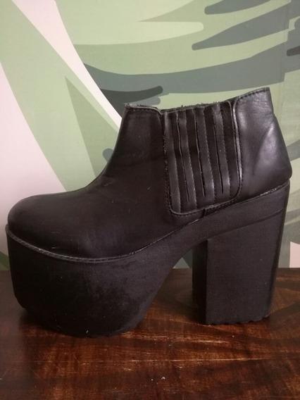 Zapatos Complot