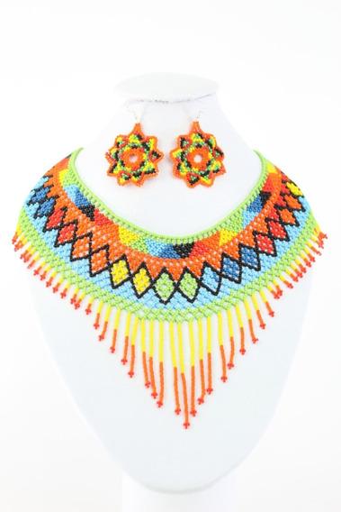 Collar Fleco Tejida En Chaquira