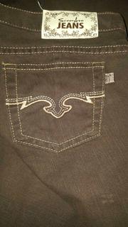 Jeans Scombro Color Marrón