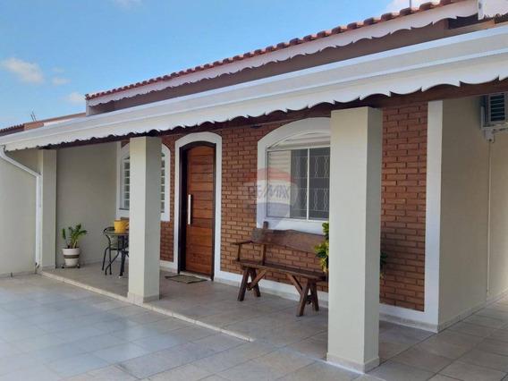 Casa Á Venda Em Bairro Vila Nova - São Pedro / Sp - Ca0422