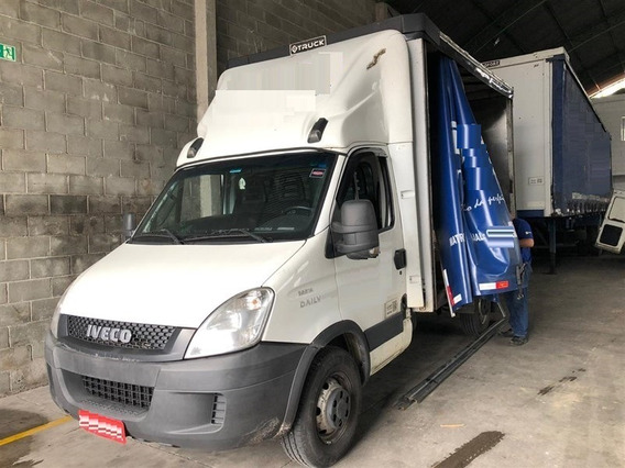 Iveco Daily 35s14 Ano:2014 C/ Baú Sider 3,90m