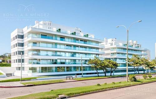 Horizonte, Playa Mansa, Primera Fila, 3 Suites, Dependencia