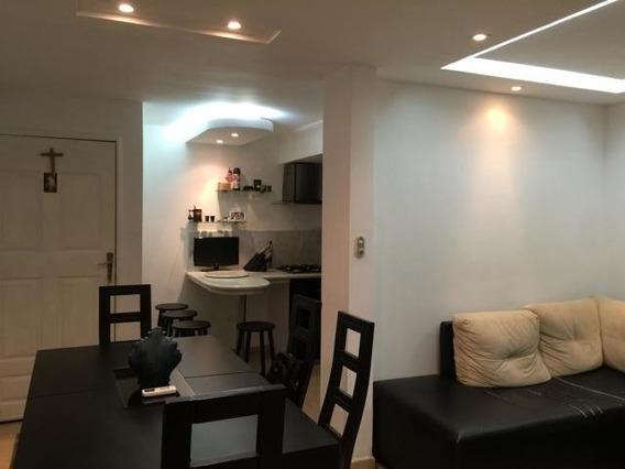 Se Vende Apartamento En Av Goajira Mls #20-1663