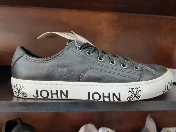 Tenis John John