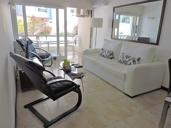 Oportunidad Impecable U$s 125.000-1 Dormitorio Y 1/2 Garage