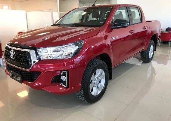 Toyota Hilux 4x4 D/c Sr 2.8 Tdi 6 M/ T