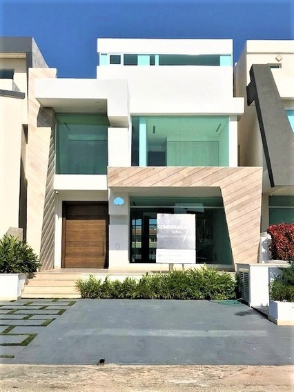 Espectacular Casa Bote Moderna Con Piscina Y Muelle 55 Pies