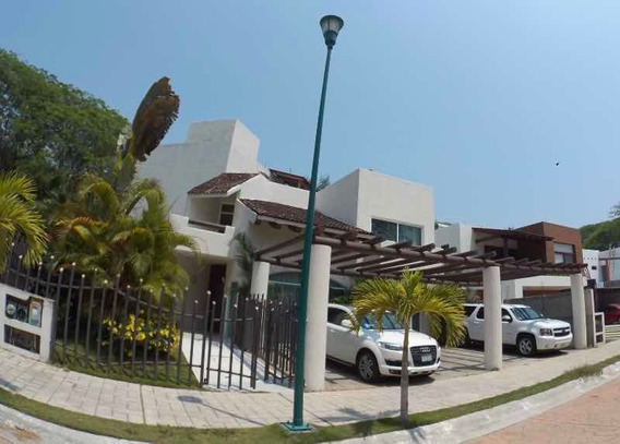 Residencia 5 Habitaciones Con Baño Y Alberca