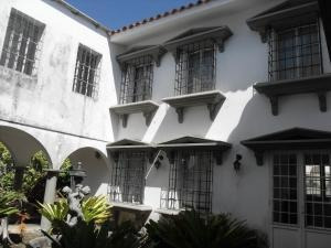 Casa En Venta En Guataparo Country Club Valencia20-49 Valgo