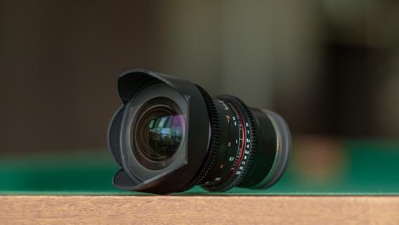 Lente Rokinon 14mm T3.1 Cine E-mount