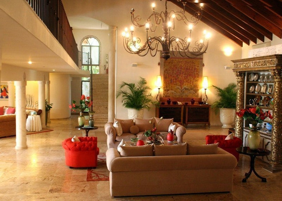 Villa En Venta En Las Palmas - Casa De Campo