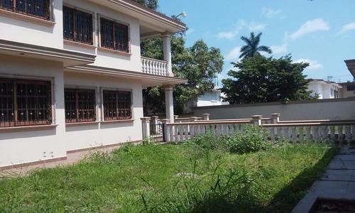 Casa En Venta Col. Flores
