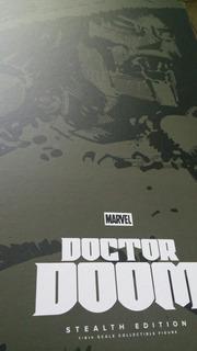 Wwrp. Doctor Doom. Capa Y Caja,. Nuevos .