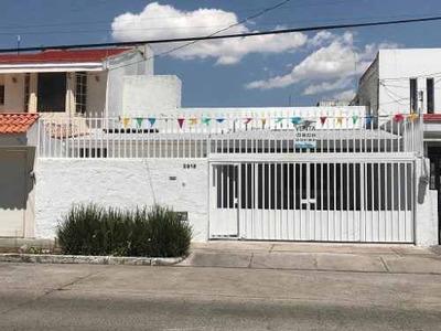 Casa Venta Providencia De Un Nivel, Excelente Ubicación