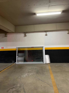 Porta De Correr Duas Folhas Em Alumínio 2,57x2,20m