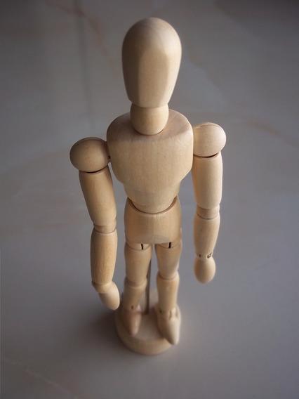 Muñeco Articulado De Madera Dibujo 30 Cm De Alto Maniqui