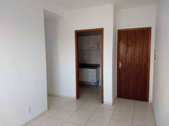 Apartamento À Venda Na Avenida Santa Terezinha, Barranco, Taubaté - Sp - Liv-3649