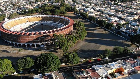 Terreno Para Construcción Vertical A Una Cuadra Del Estadio Jalisco