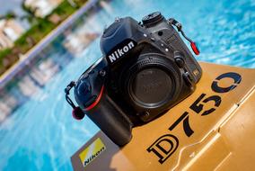 Nikon D750 (25 Mil Cliques)
