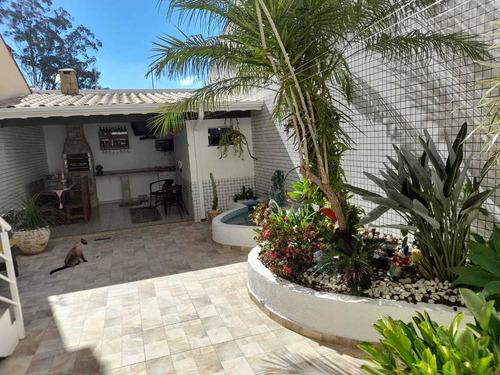 Casa Com 3 Quartos No Jardim Figueira - Amparo/sp