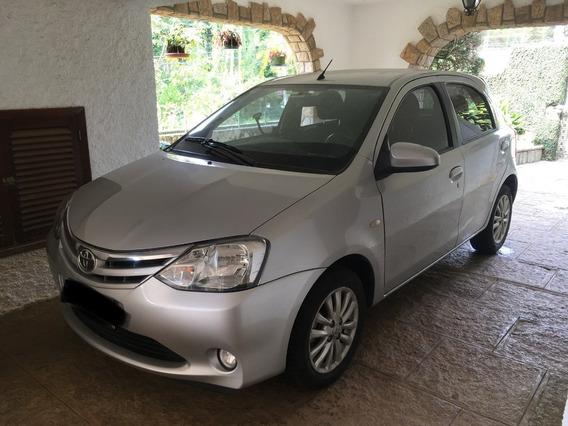 Toyota Etios Xls 1.5 Hatch 5 Portas Prata 2013/2014