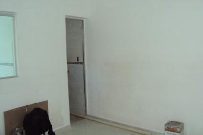 Excelentes Casas, Novas, Individuais, Fácil Acesso2 Quartos, 1 Suite, 1 Sala, 2 Banhos, 1 Cozinha, Área De Serviço, Varanda, 1 Vaga Livre. - 3519
