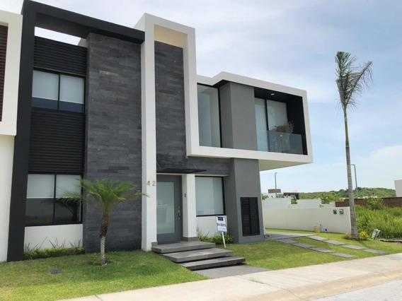 Estrena Casa Hermosa En Residencial Punta Tiburón Veracruz
