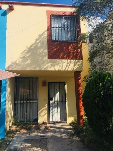 Vendo Casa En Jardines Del Valle Zapopan ..inmejorable Precio