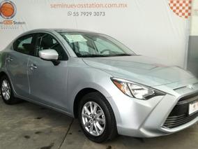 Toyota Yaris 1.5 R Le Mt 2017