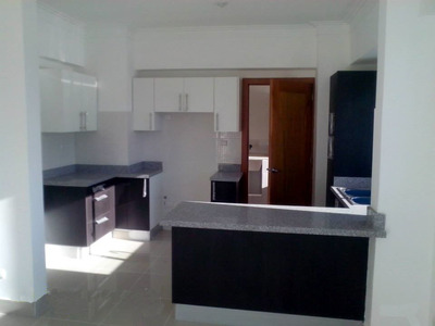 Apartamento Con Linea Blanca En Alquiler En Evaristo Morales