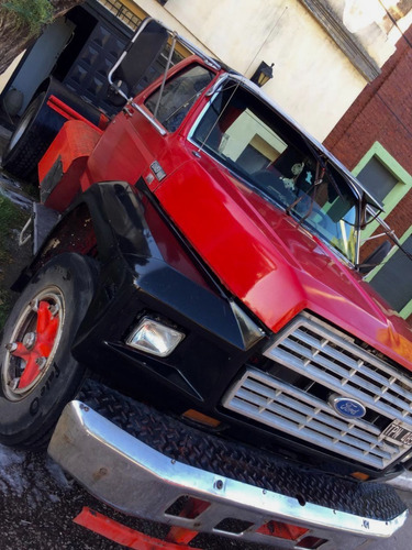 Ford F700 1985